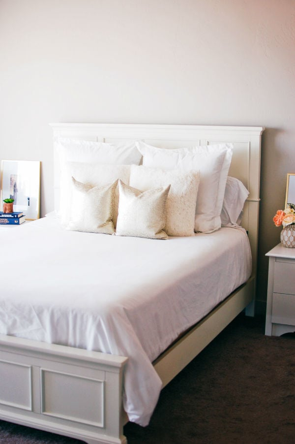 Master bedroom decor and design ideas that will totally fit in your budget!