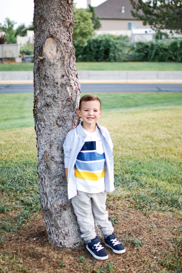 These are the best deals on back to school clothes! Get your kiddo's wardrobe for less with these coupons!