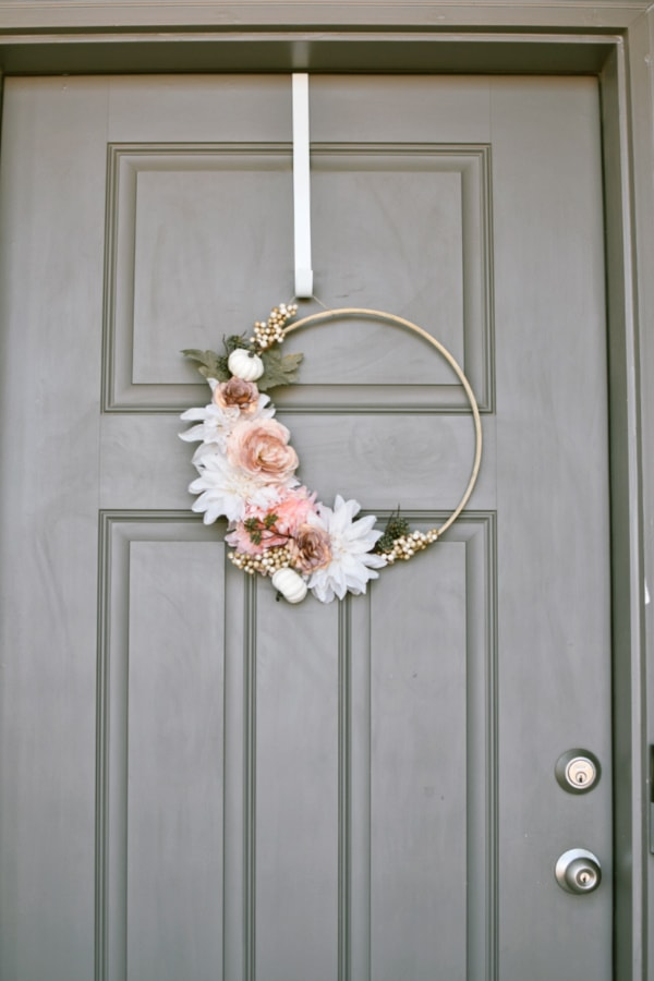 Pink and White, Modern Fall Wreath.