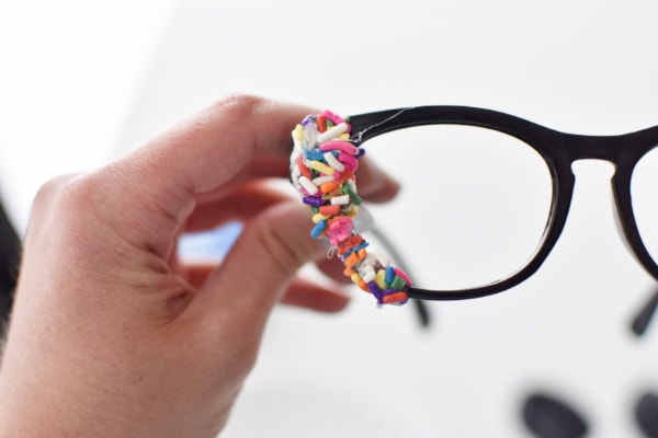 Make sprinkle glasses using items from Dollar Tree