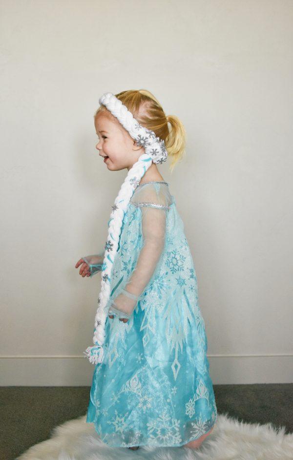 Toddler girl wearing an Elsa braid