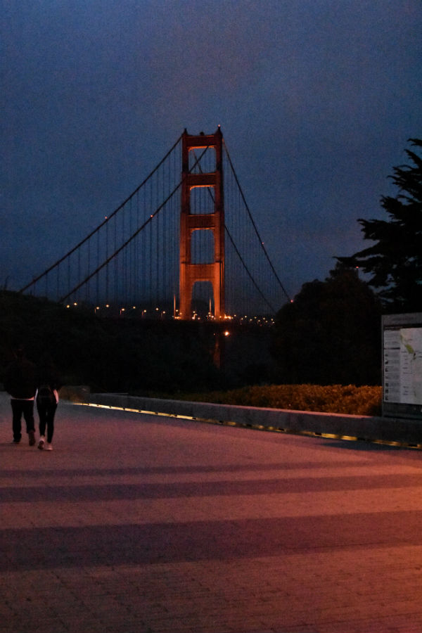 Golden Gate Bridge at night.