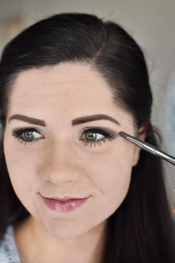 Easy smokey eye tutorial using only drugstore makeup!