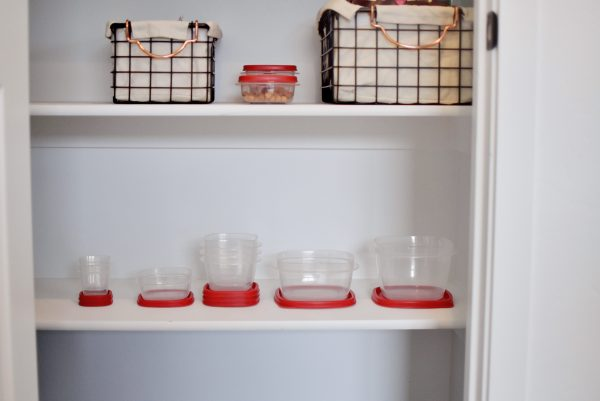 Rubbermaid Easy Find Lids are the best pantry storage containers for organization