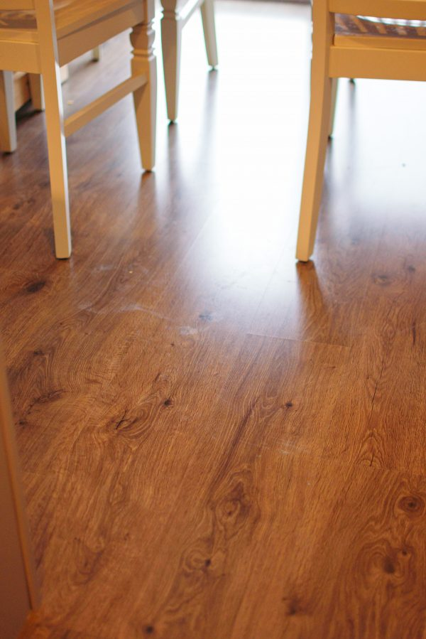 Dirty laminate floors can be tough to clean.