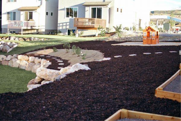 backyard mulch design for cheap backyard ideas no grass