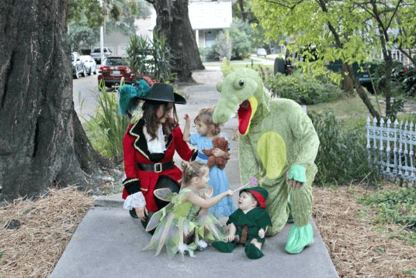Family from Neverland Halloween costume idea