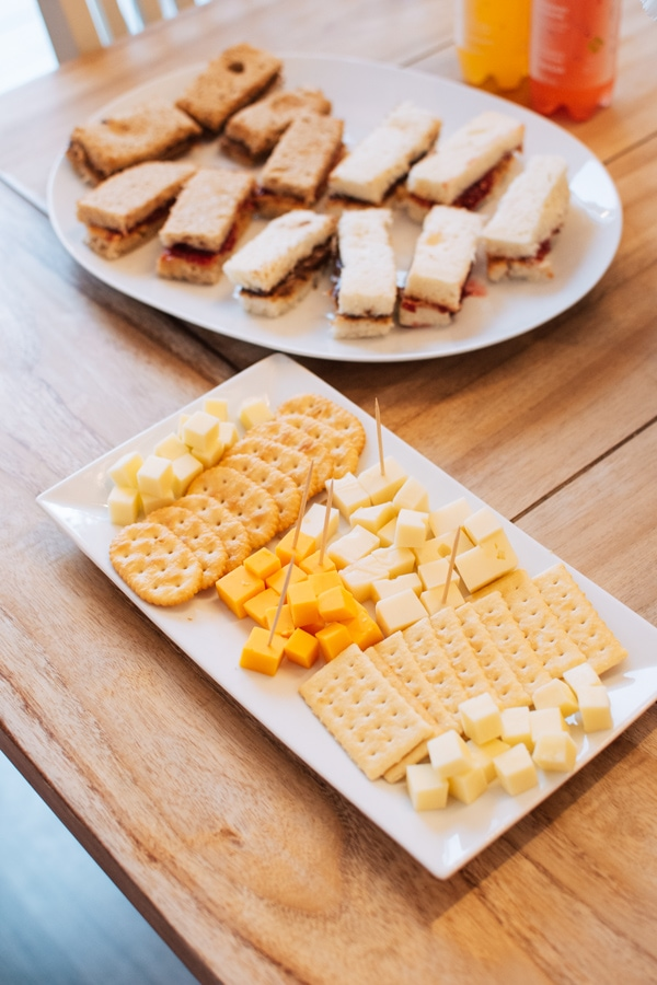 Cheese and cracker platter on a table.