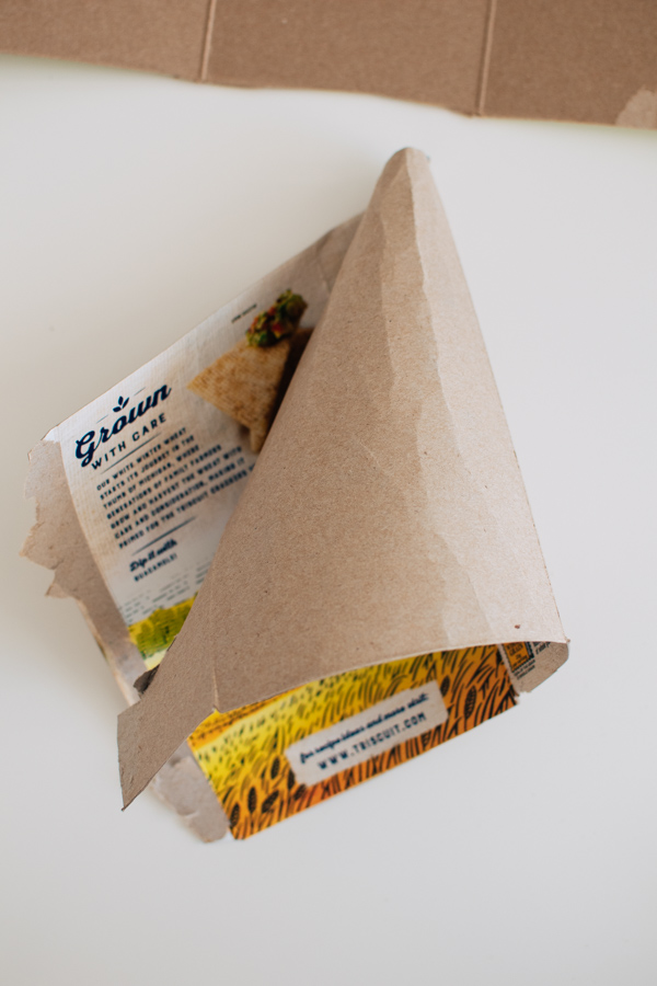 How to make a cone from cardboard.